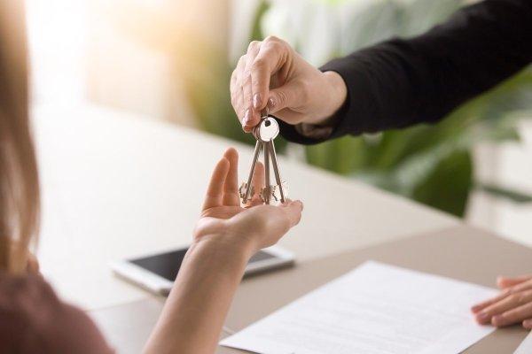 Через сколько, какое время можно продать квартиру после покупки