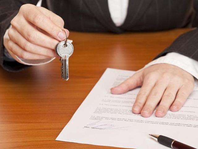 Можно ли и как выписать человека из квартиры по доверенности в 2019 году
