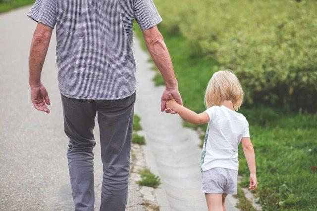 Свидетельство об установлении отцовства: для чего нужно, как получить, когда выдается