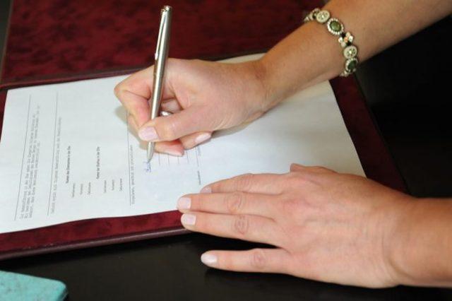 Как правильно заключить брачный договор до, во время и после брака: документы, стоимость, порядок оформления