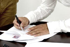 Что лучше: брачный договор или соглашение о разделе имущества