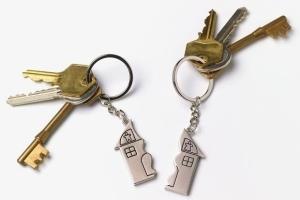 Как делится имущество при разводе, если жена собственник?