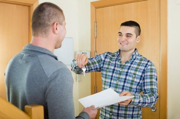 Как продать долю в квартире третьему лицу, второму собственнику пошаговая инструкция (2017)