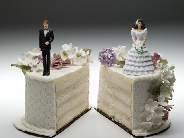 Делится ли наследство между супругами?