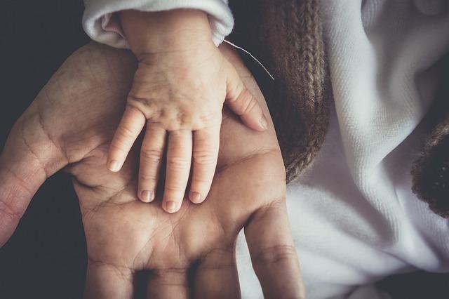 Развод с ребенком до 2, 3 лет, при разводе с кем остается маленький ребенок до 3 лет
