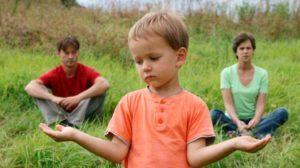 С кем останется ребенок после развода, если мать не работает