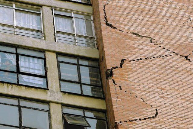 Преимущества ветхого жилья над аварийным: понятие и признаки, разница, чем отличается