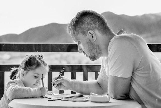 Общение с ребенком после развода по закону, можно ли запретить отцу видеться с ребенком, порядок встреч отца с ребенком после развода, иск об определении порядка общения с ребенком
