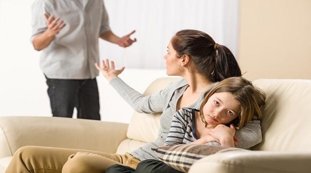 Со скольки лет, с какого возраста учитывается мнение ребенка при разводе родителей