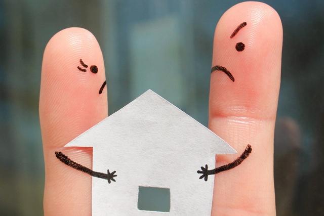 Принудительная продажа доли в квартире через суд, как заставить продать долю в квартире через суд